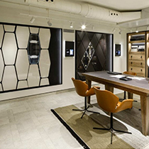 uno showroom straordinario, sia in termini di design che di tecnologia implementata.